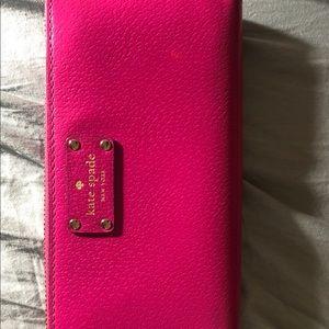 EUC Large Kate Spade Wallet